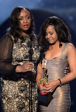 Bobbi Kristina with her aunt, Pat Houston (Ethan Miller/Getty Images via ABC)