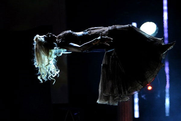 Nicki Minaj levitates during 2012 Grammy performance. (Getty)