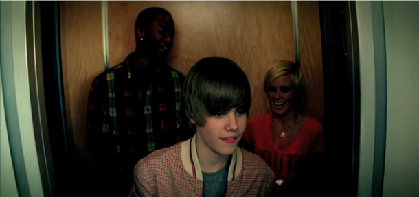 Sean Kingston & Justin Bieber, Framed
