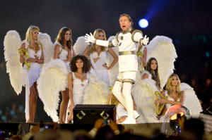 Eric Idle and angels (Getty Images)
