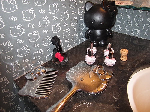 Take a Tour of Hello Kitty's Rock 'N' Roll Hotel Suite