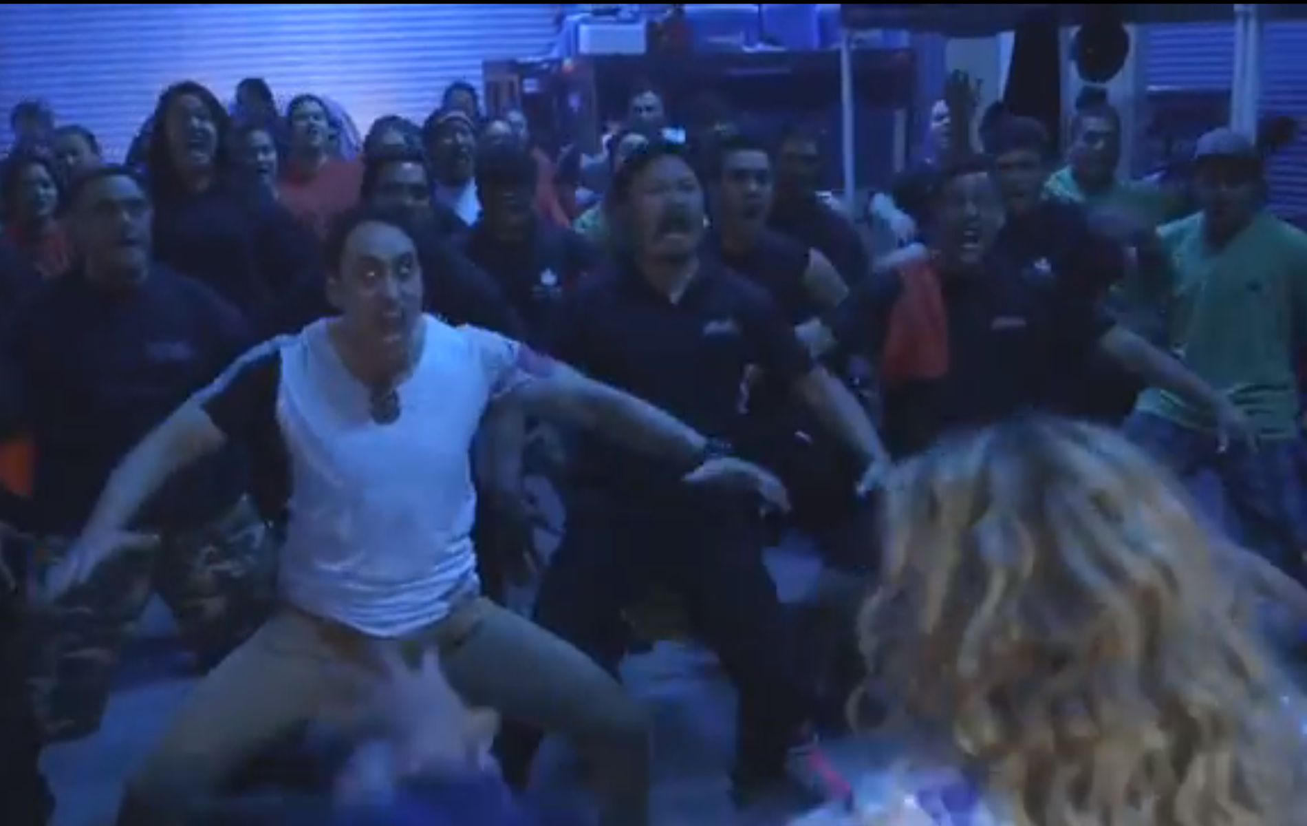 New Zealand's All Blacks rugby team surprise Beyoncé with Haka dance.