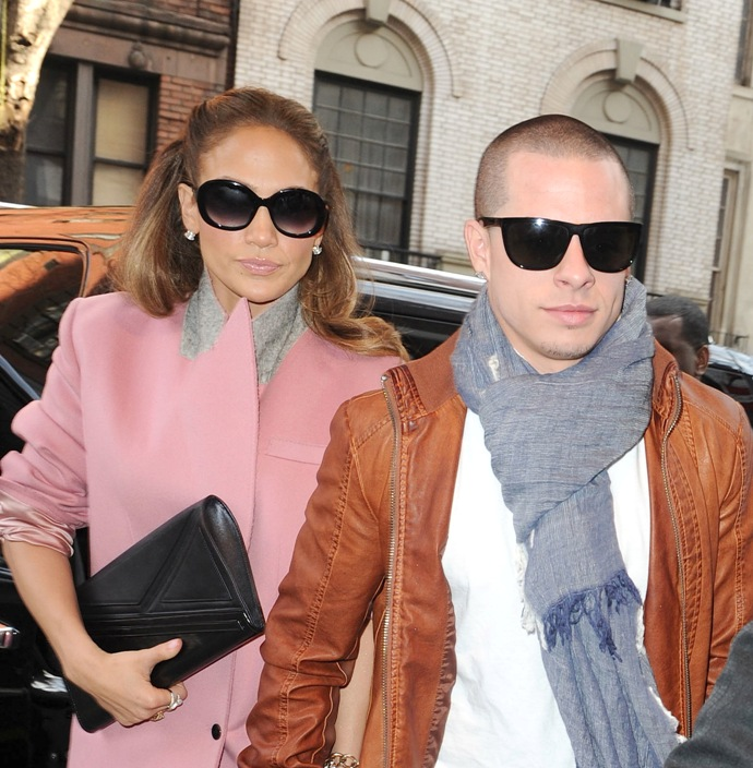 Jennifer Lopez, Casper Smart (photo: Alo Ceballos, Film Magic)
