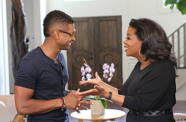 Usher, Oprah Winfrey (photo: OWN)