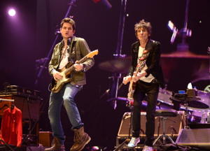 John Mayer and Ronnie Wood (Kevin Mazur/Wire Image)