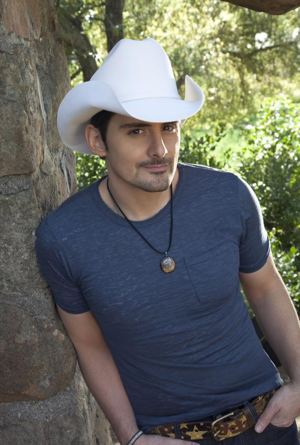 Brad Paisley (photo by Jim Shea)