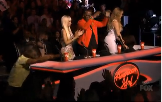 The judges get up, bow down for Candice