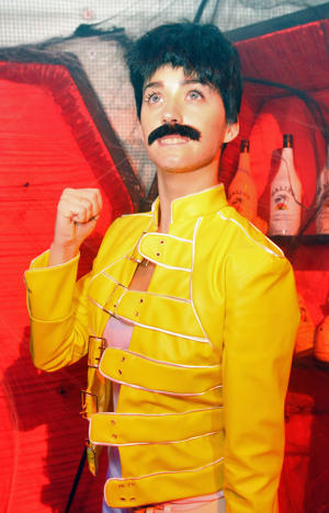 Katy Perry as Freddie Mercury (photo: Alexandra Wyman / Wireimage)