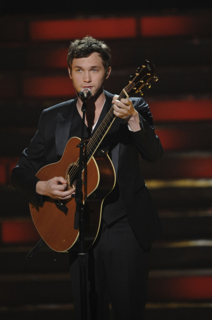 "Phillip performs his victory song, ""Home"" [photo: Fox]"