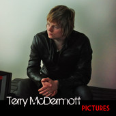 "'Voice' Star Terry McDermott Debuts Picture-Perfect ""Pictures"" Video"