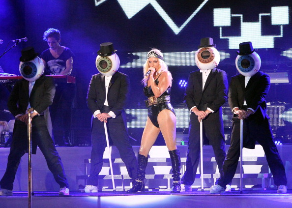 Ke$ha and the non-Residents [John Parra/Getty Images]
