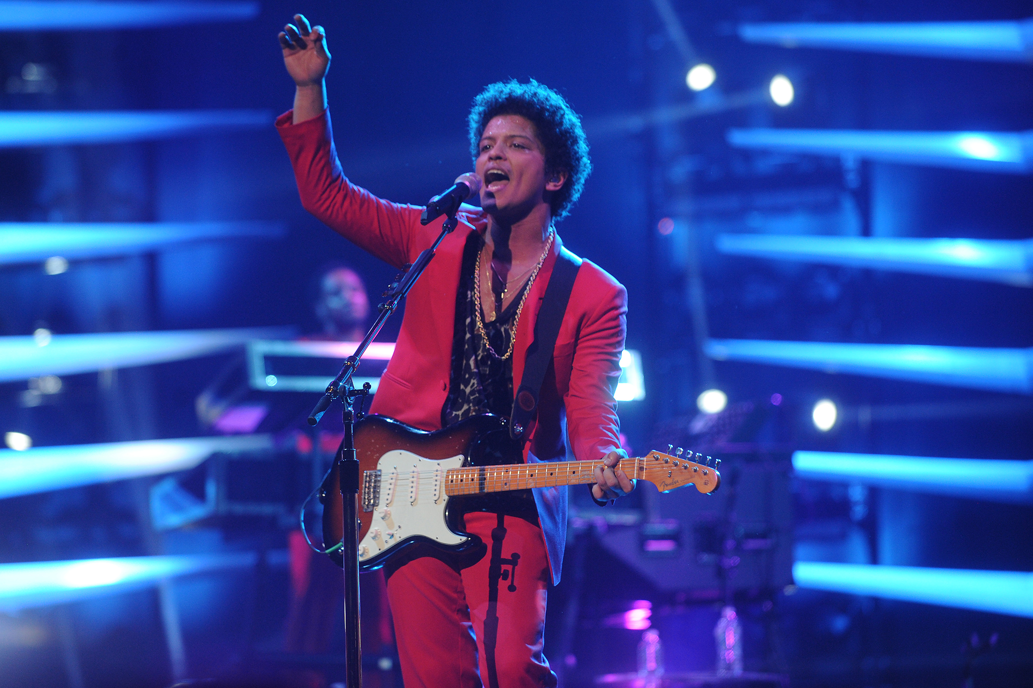 bruno mars on planet mars - photo #4