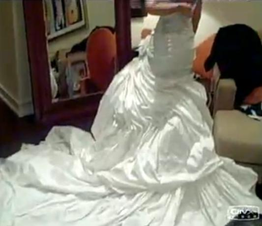 Finally! Beyonce Reveals Her Wedding Dress from 2008 Nuptials