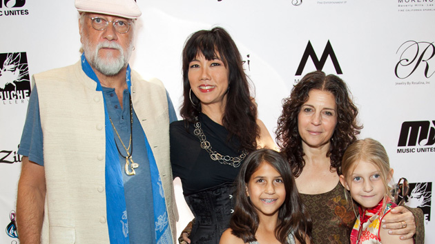 Mick Fleetwood, Keiko Noah (Mouche Gallery owner), Lynn Frankel (wife) and daughters Tessa and Ruby. (Imeh Akpanudosen, Getty Images)