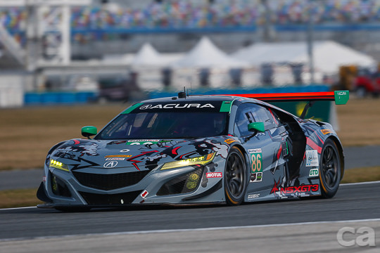 Alvaro Parente took his Michael Shank Racing Acura NSX GT3 to si