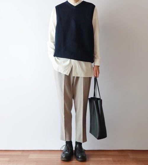 一條格紋褲就能改變印象! 變換出不一樣的文青氣息