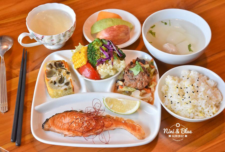 東麗風店 茶花 咖啡 台中咖啡館09