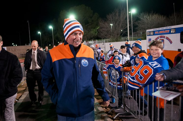 Wayne Gretzky Ends Hectic Week Coaching Son At Outdoor Game