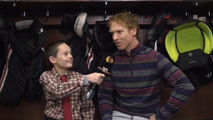 Joey The Junior Blackhawks Reporter Is Back, With Cute Reinforcements (Video)
