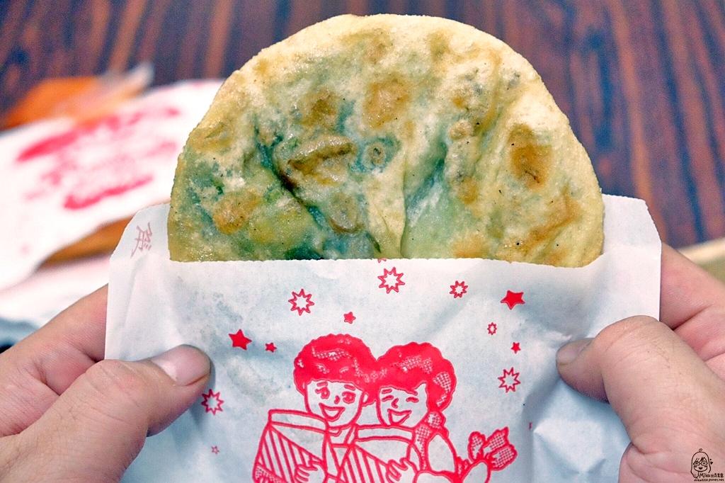 『台中。北屯區』 劉記蘿蔔絲餅 |飄香將近二十年的美味,在地人的下午茶 蘿蔔絲餅現做現吃熱燙燙香噴噴。
