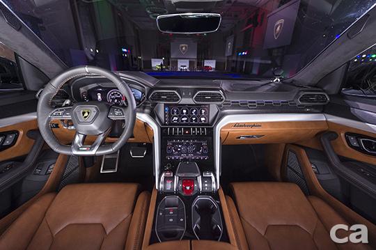 Lamborghini Urus新車發表會 (16)
