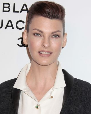 Sexy Summer Hair Ideas: Linda Evangelista
