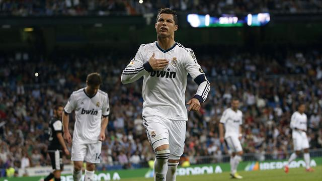Liga - Ronaldo claims 200th Madrid goal in Malaga rout