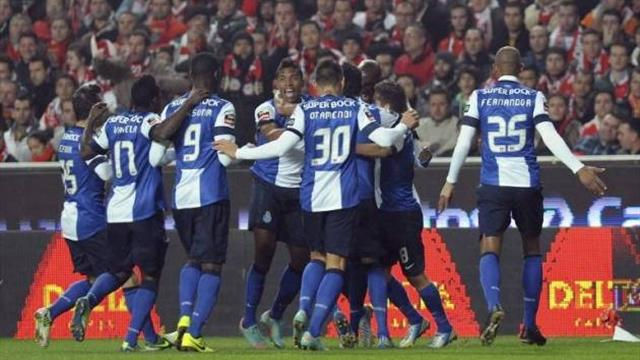 Portuguese SuperLiga - Last gasp winner puts Porto on verge of title