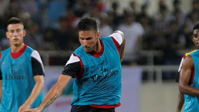 Premier League - Giroud bags hat-trick as Arsenal thump Vietnam