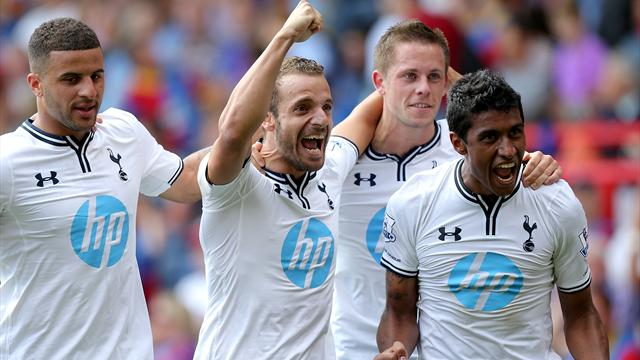 Premier League - Soldado penalty sees Tottenham win opener at Palace