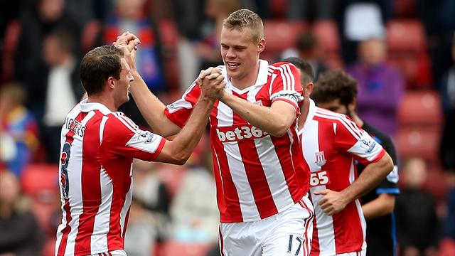 Premier League - First win for new boss Hughes as Stoke beat Palace