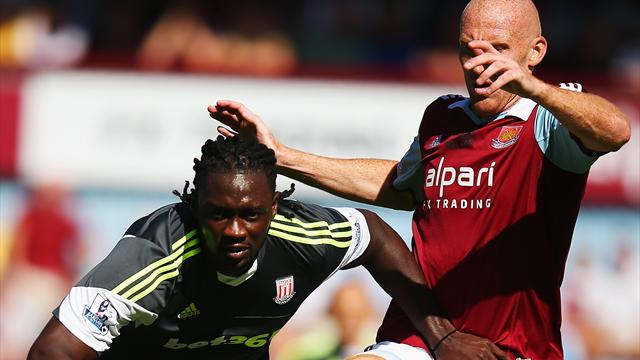 Premier League - Majestic Pennant strike hands Stoke win at West Ham