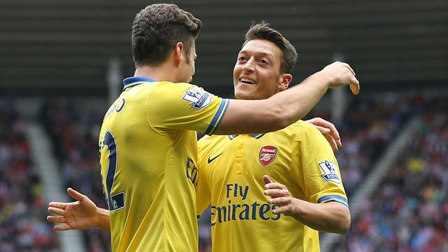 Premier League - Ozil inspires Arsenal to convincing win at Sunderland