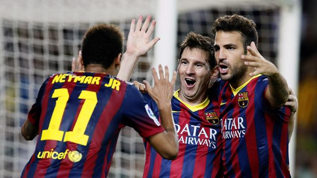 Liga - Sanchez secures Barcelona late win against Sevilla