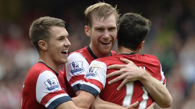Premier League - Arsenal go top with Stoke win