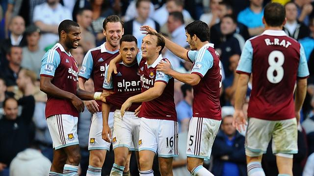 Premier League - Morrison scores wonder goal as West Ham rout Spurs