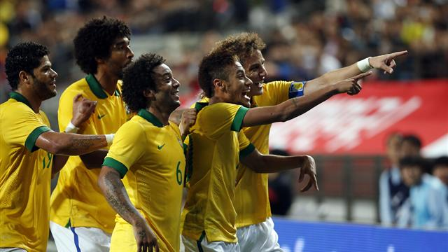 South American Football - Neymar and Oscar help Brazil win in Korea