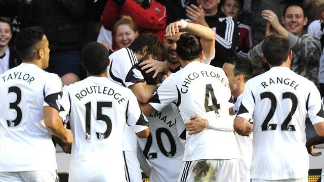 Premier League - Poyet suffers disastrous start as Swansea thrash Sunderland