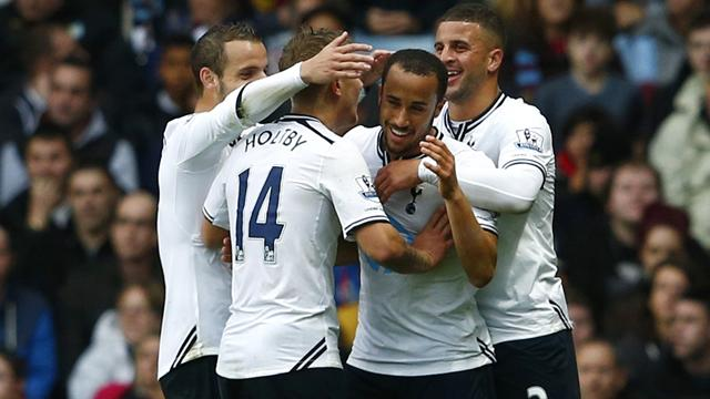 Premier League - Townsend shines again as Tottenham beat Villa