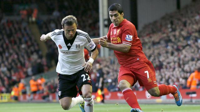 Premier League - Suarez at the double as Liverpool thump Fulham
