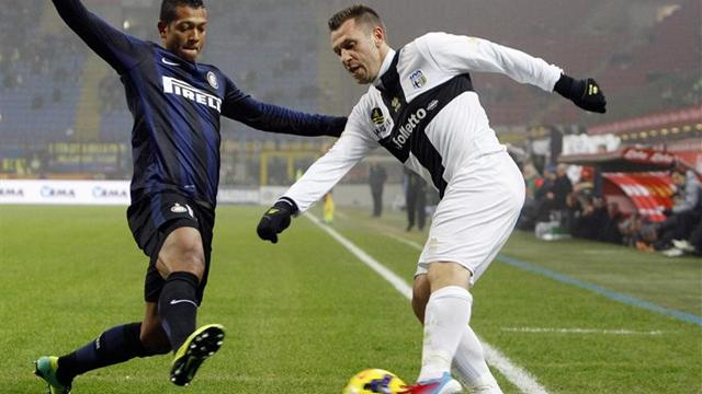 Serie A - Inter held by Parma in entertaining stalemate