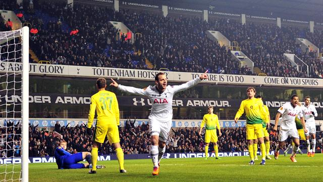 Europa League - Soldado ends goal drought with hat-trick in Spurs win