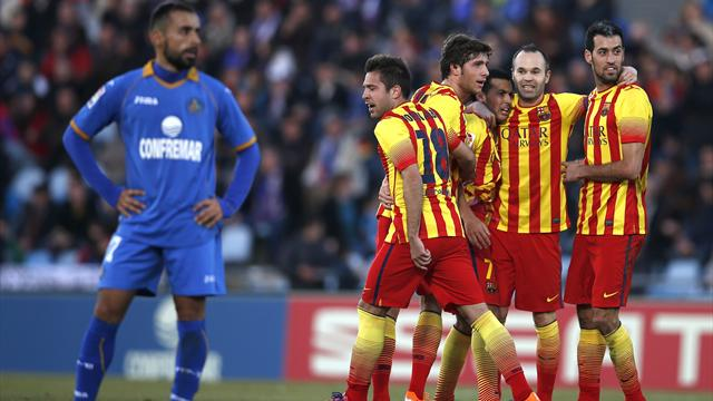 Liga - Barcelona come from two down to hammer Getafe