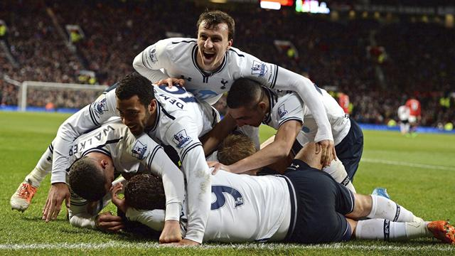 Premier League - Spurs edge United in pulsating encounter