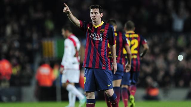 Liga - Messi breaks record as Barca send message to City