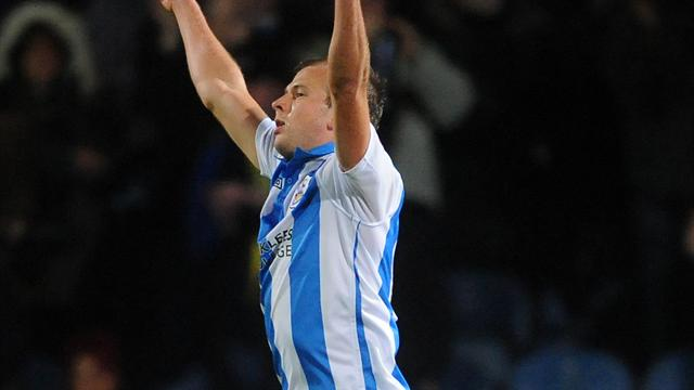 Huddersfield v MK Dons: LIVE
