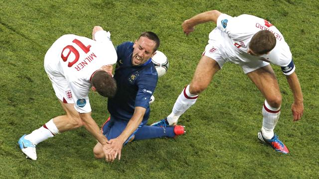Stubborn England hold France