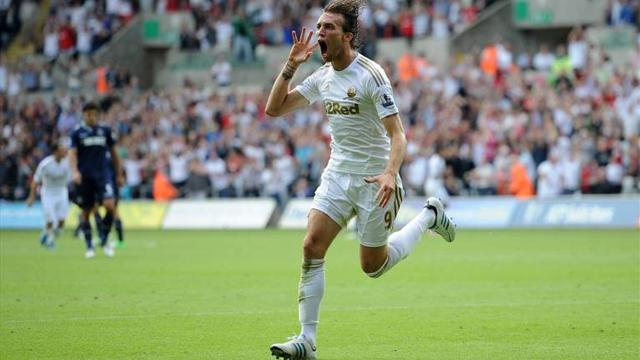 Premier League - Swansea hold on to beat Newcastle