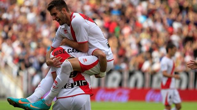 Liga - Rayo Vallecano stun Valencia