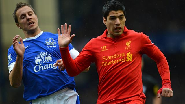 Premier League - Suarez controversy as Everton fight back to hold Liverpool